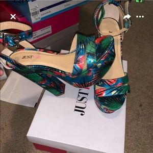 Sexy tropical heels
